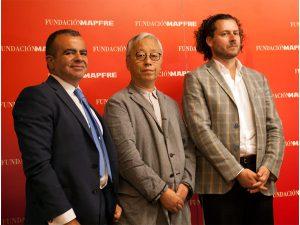 Pablo Jiménez Burillo, Director del área de Cultura de Fundación MAPFRE Hiroshi Sugimoto, fotógrafo Phillip Larrat-Smith, Comisario de la exposición